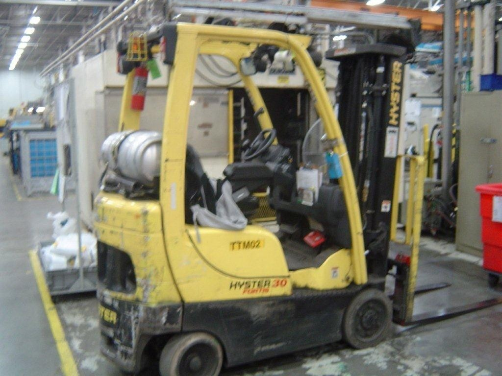 Hyster S30FT Propane Forklift 2007 Cushion tires