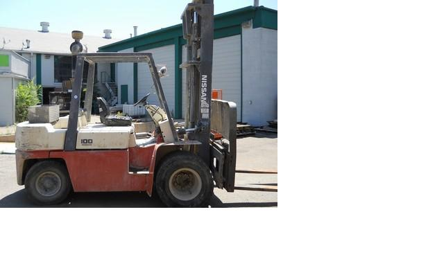 Nissan WGF03A45 Diesel Forklift 1999 @ 5 Ton, 10,000lbs