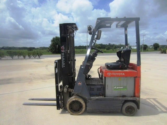 Toyota 7FBCU18 Electric Forklift 2008 3500lbs