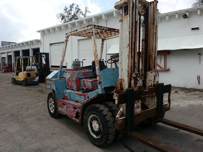 TCM FD70 7.5 Ton Diesel Pneumatc Tire Forklift 1988