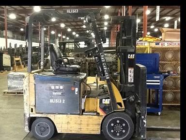 Caterpillar E5000AC 5000lb 2.5 Ton Sit Down Rider Electric Forklift AC Controls 2009