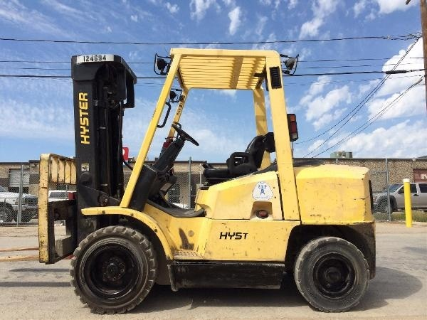 Hyster H80XM Diesel 4 ton Solid Pneumatic Tire Triple Stage Forklift 2003