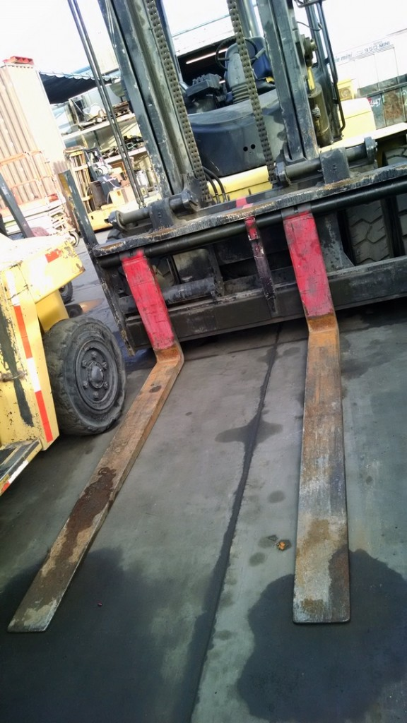 Hyster Forklifts H190HD 19000lb Diesel Penumatic Tire Forklift 2003