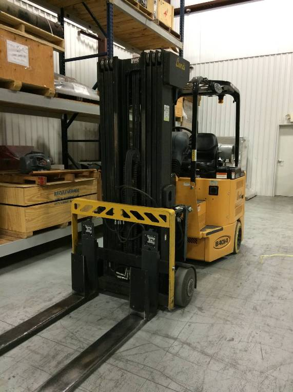 Bendi Forklifts B40/48IC180D 4000lb Articulating Very Narrow Aisle Forklift 2011