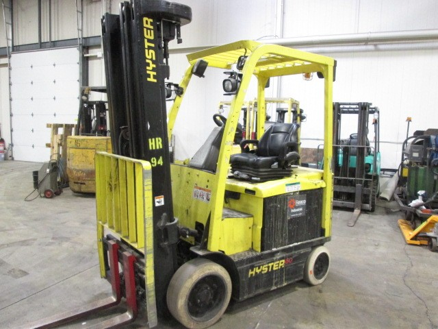Hyster Forklifts E60XN Electric 6000lb Sit Down Rider Forklift 2009