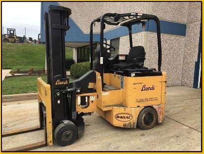 Bendi Forklifts B40/48E-180D Side Loading 4000lb Very Narrow Aisle Articulating Forklift 2011