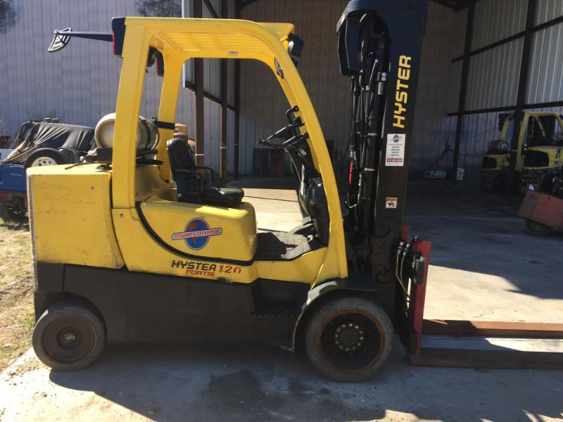 Hyster Forklifts S120FT Cushion Solid Tire 12,000lb Propane Forklift 2011