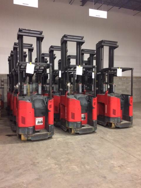 Raymond Forklifts 740DR32TT Electric Stand Up Rider 3200lb Double Reach Forklift 2011