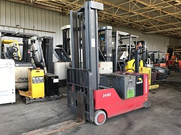 Raymond Forklifts RCS40 EE Rated Electric Walk Behind Counterbalanced Stacker 4000lb Forklift 2005