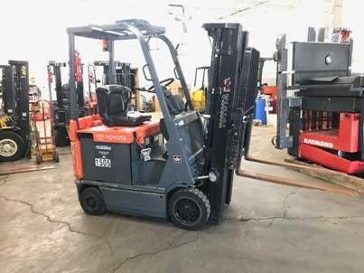 Toyota Forklifts 7FBCU15 3000lb Sit Down Rider 4 Wheel Electric Forklift 2009