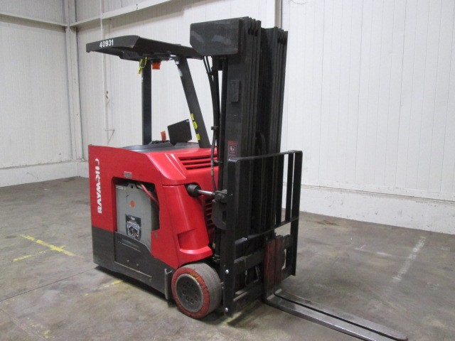 Raymond Forklifts 425C40QM Electric Stand Up Rider 4000lb Counter Balance Forklift 2014