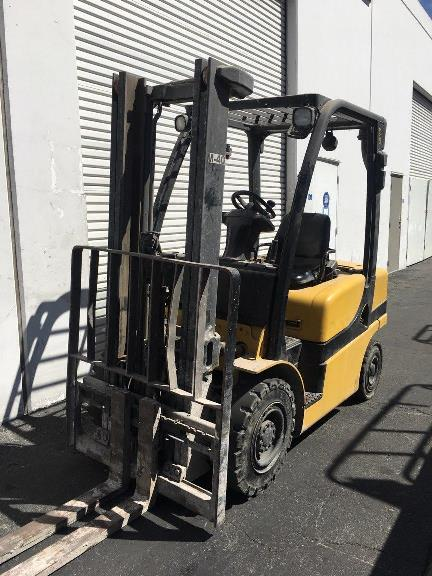 Yale Forklifts GDP050VX 5000lb Pneumatic Tire Diesel Forklift 2013