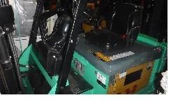 Mitsubishi Forklifts FBC30N Electric 6000lb Sit Down Rider 4 Wheel Warehouse Forklift 2011
