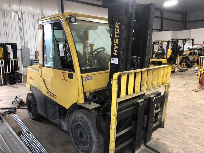 Hyster Forklifts H100FT-D Diesel Fuel Pneumatic Tire 5 Ton 10,000lb Outdoor Forklift 2014