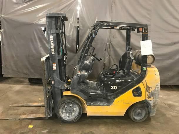 Komatsu FG30SHT-16 propane fuel 6000lb 3 ton 4 wheel sit down rider cushion solid tire warehouse forklift
