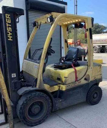 Hyster H50FT diesel fuel 5000lb pneumatic tire forklift.