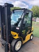 Yale GDP050VX 5000lb diesel engine pneumatic tire forklift