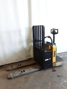 Yale MPE060 electric 6000lb walkie rider pallet jacks with 27″x48″ forks