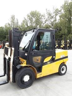 Yale GDP120VX 6 ton 12,000lb pneumatic tire diesel fuel outdoor forklift