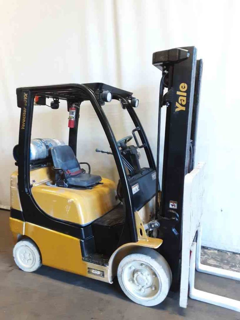 Yale GLC050VX 5000lb propane fuel solid press on cushion tire warehouse forklifts