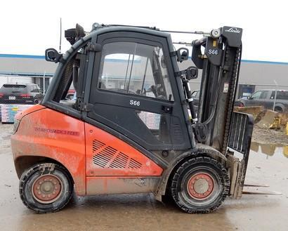 Linde H45D 5 ton 10,000lb pneumatic tire diesel fuel outdoor forklifts