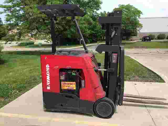 Raymond 415C35TT electric narrow aisle stand up rider counterbalanced 3500lb end control warehouse forklift