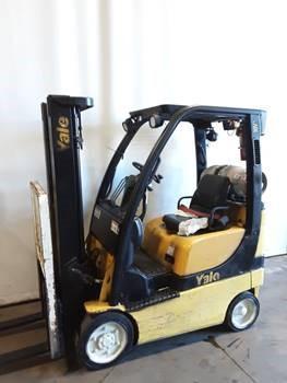 Yale GLC030VX 3000lb propane fuel cushion solid tire warehouse forklift