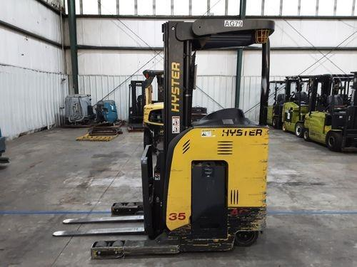 Hyster N35ZR2 electric 3500lb narrow aisle stand up rider reach truck
