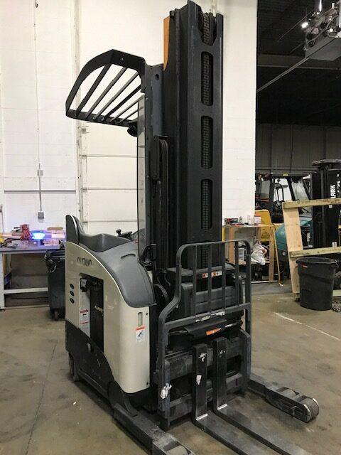 Crown RM6025-45 narrow aisle electric stand up rider 4500lb reach trucks