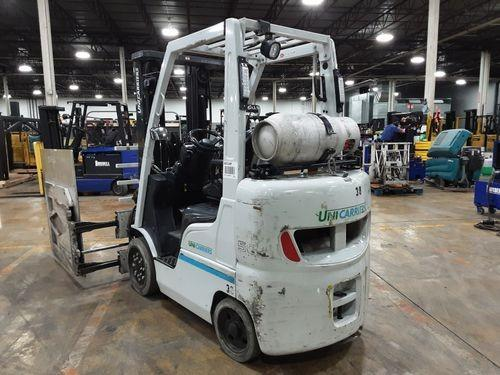 Nissan Unicarriers MCP1F2A25LV 5000lb cushion solid tire propane fuel warehouse forklifts