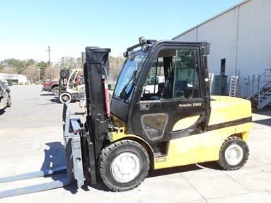 Yale GDP120VX, 6 ton, 12,000lb diesel fuel, pneumatic tire outdoor forklift