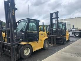 Yale GDP155 7.5 ton 15,500lb dual pneumatic tire diesel fuel outdoor forklifts