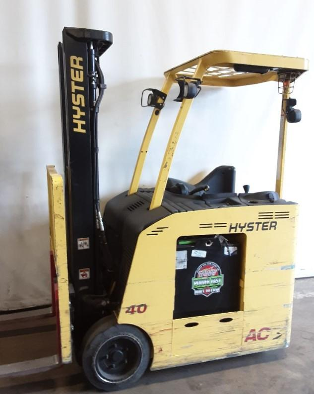 Hyster E40HSD2 electric narrow aisle stand up counterbalanced end control rider forklift