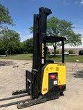 Hyster N35ZR2 electric narrow aisle stand up rider 3500lb warehouse reach forklift