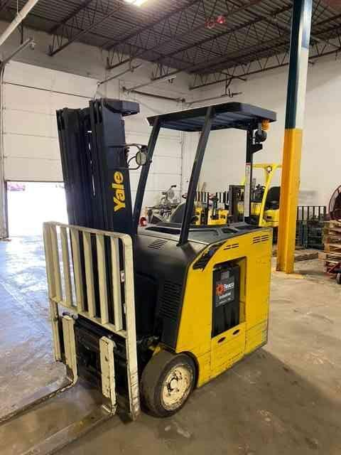 Yale ESC030 electric narrow aisle 3,000lb stand up end control counterbalanced rider warehouse forklift