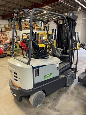 Crown FC5245-50 electric sit down rider 5,000lb solid cushion tire warehouse forklifts