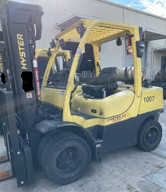 Hyster H90FT 9000lb pneumatic dual tire propane fuel outdoor forklift